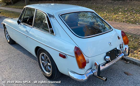 1974 MGB GT - Hatchback Coupe - Convertible